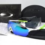 แว่นตาปั่นจักรยาน Oakley Radar EV Zero สีขาว-เขียว (เลนส์มัลติคัลเลอร์สีฟ้า)